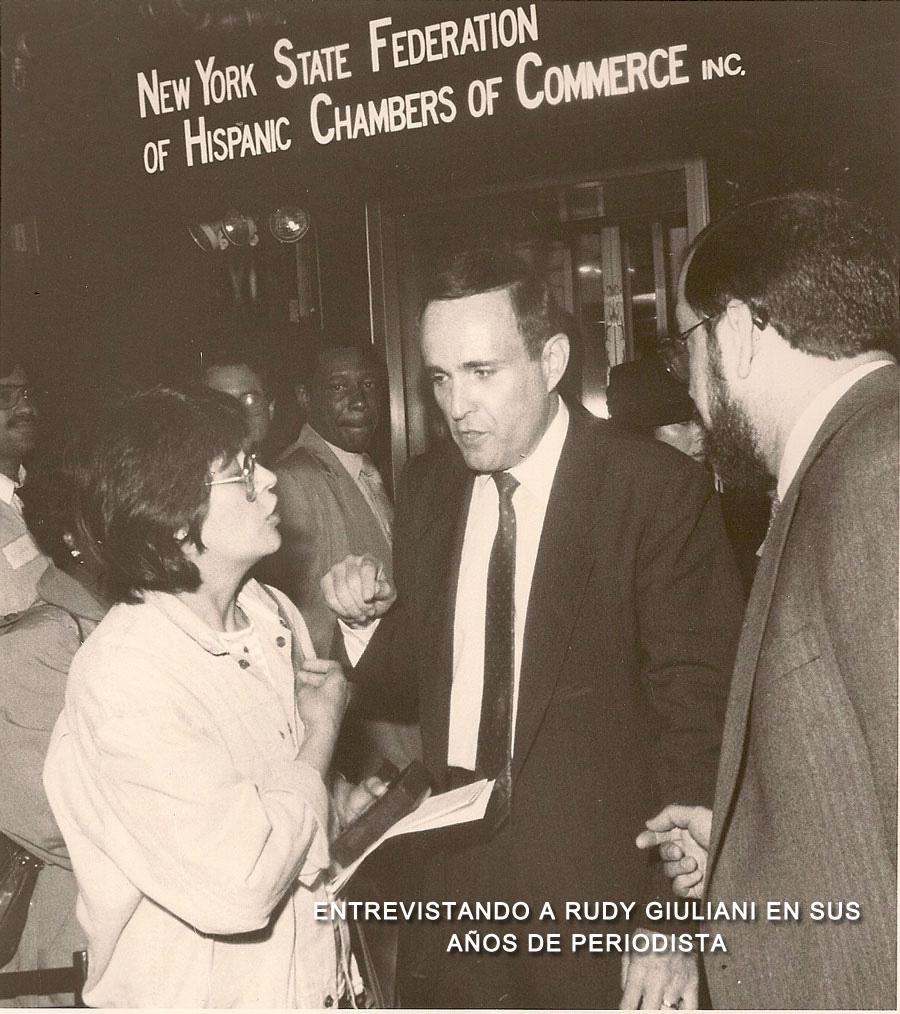 6-Entrevistando-a-Rudy-Giuliani-en-sus-a-de-periodista
