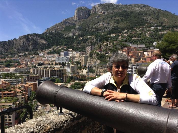 Posando-en-los-cañones-de-Monaco